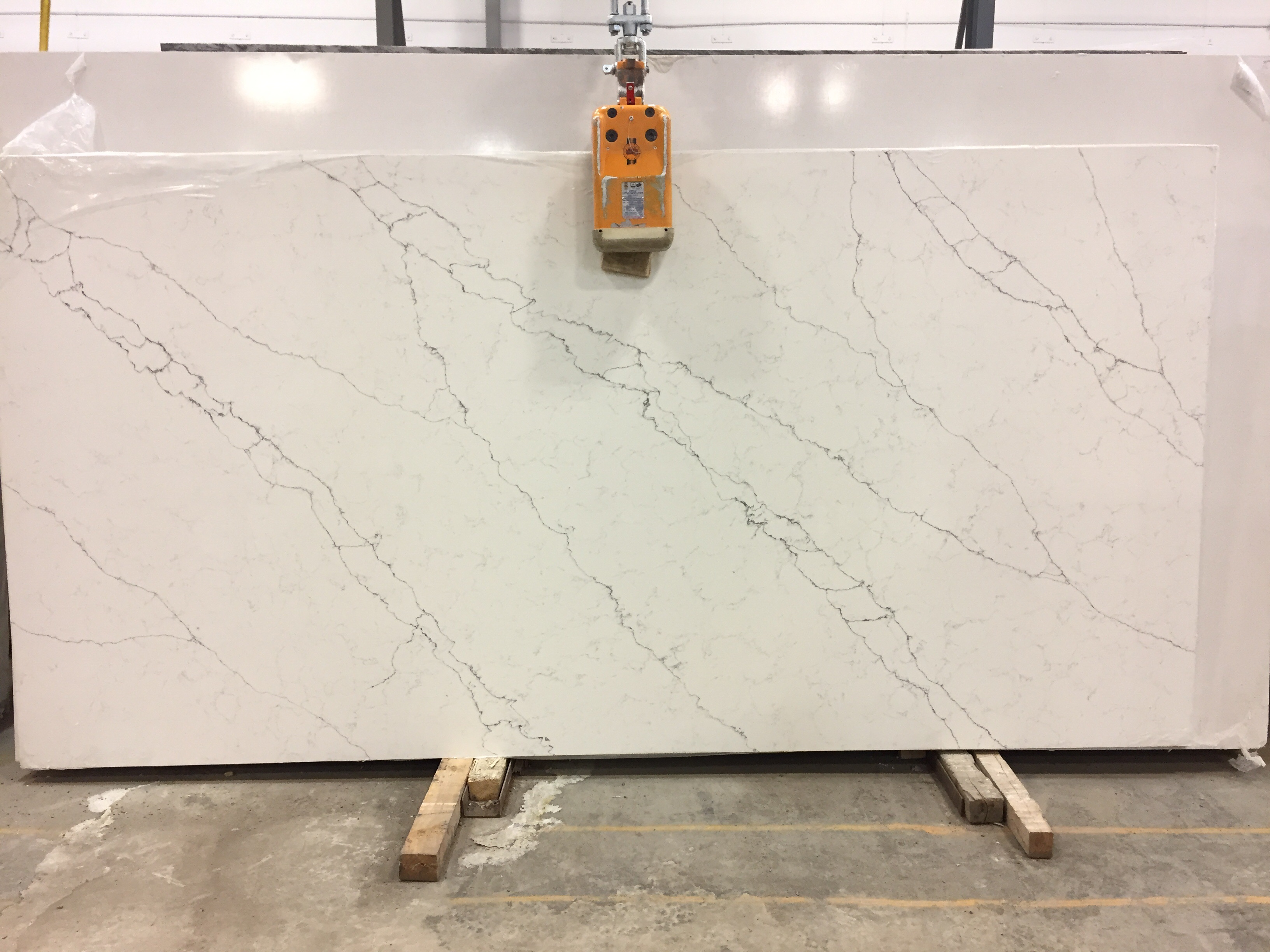 Alaska Bianca Quartz Slab 20Mm