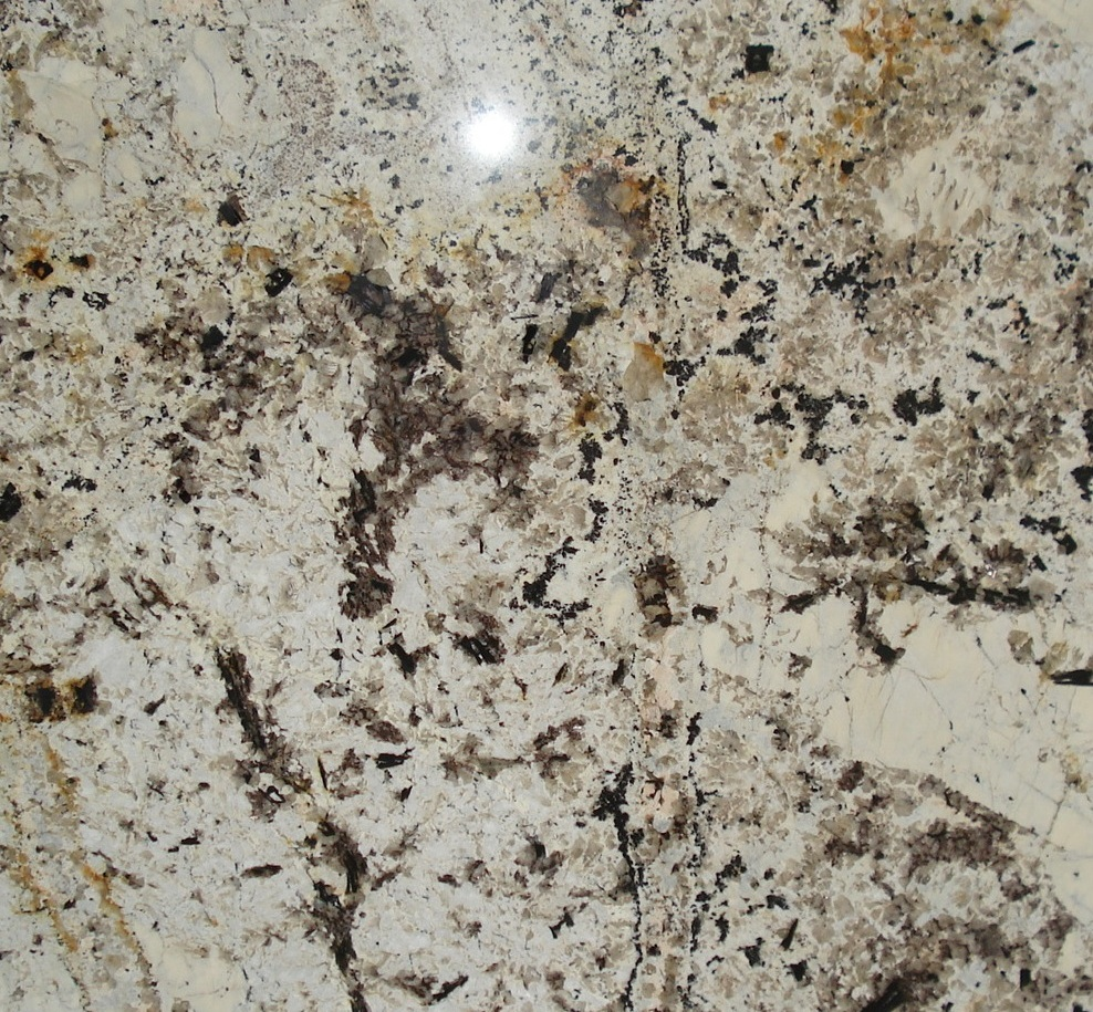 DELICATUS GOLD GRANITE SLAB 30MM