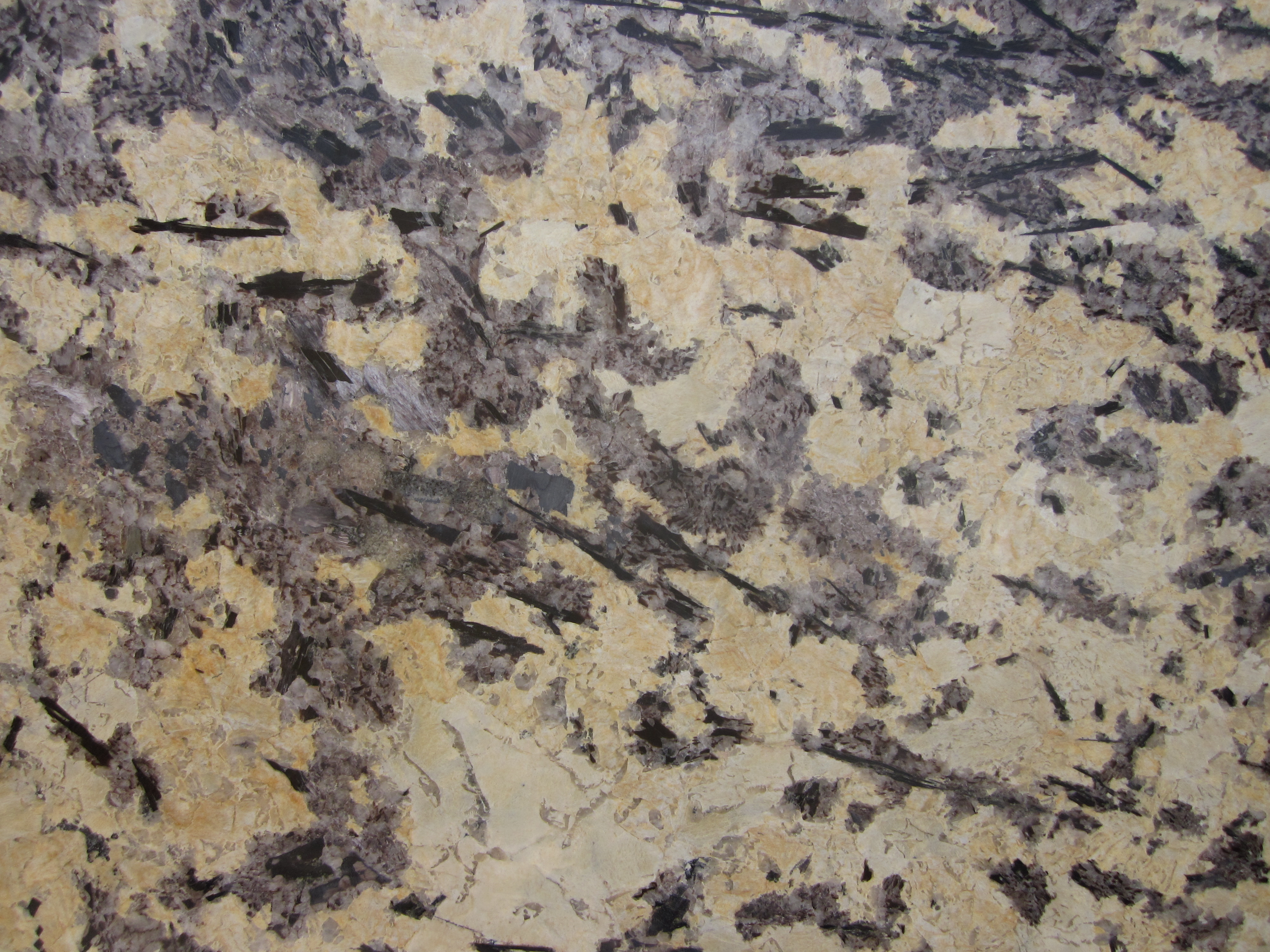 GOLDEN SPLENDOR GRANITE SLAB 30MM