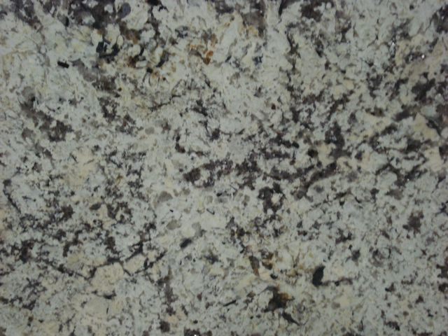 DELICATUS CREAM GRANITE SLAB 20MM