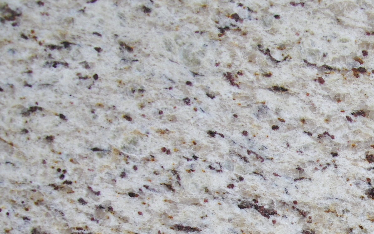 GIALLO ORNAMENTAL GRANITE SLAB 30MM