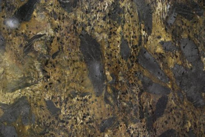 GOLD METTALICA GRANITE SLAB 30MM