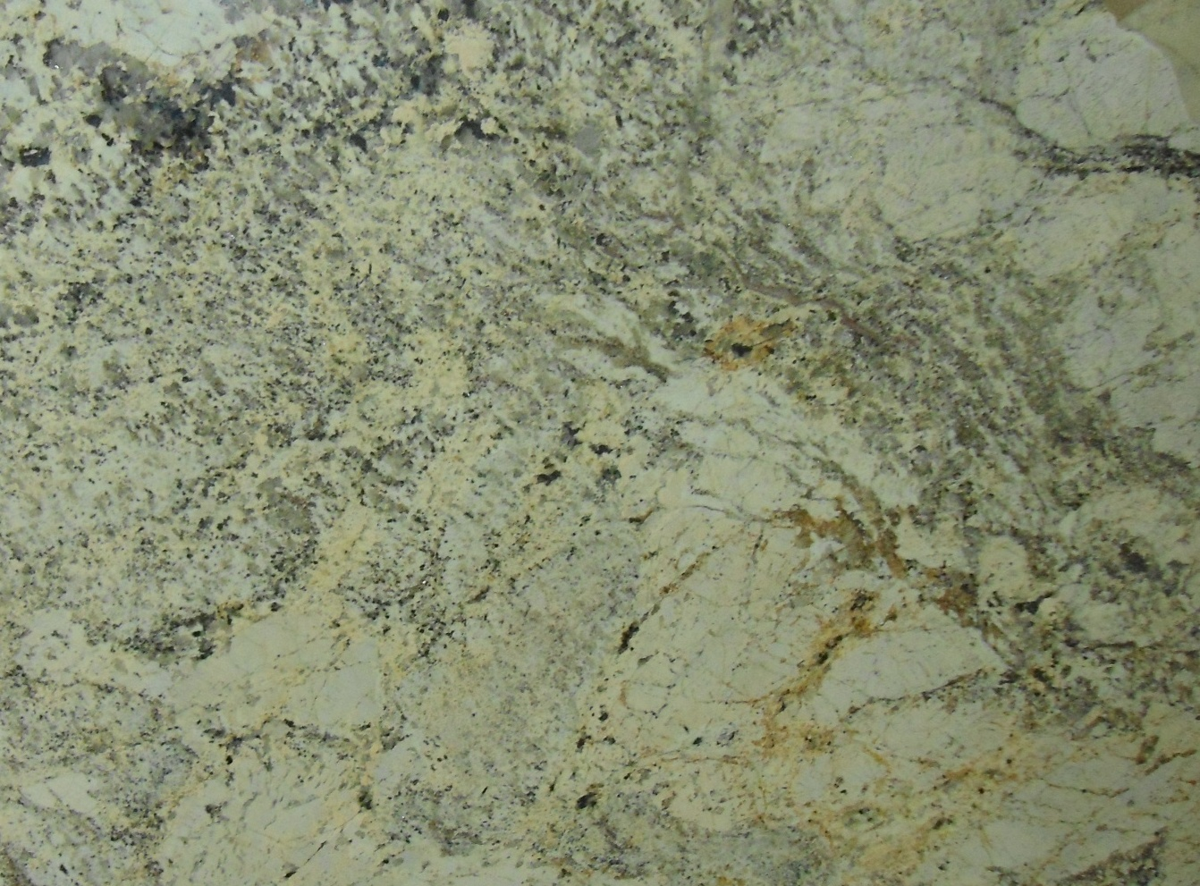 DELICATUS CREAM GRANITE SLAB 30MM