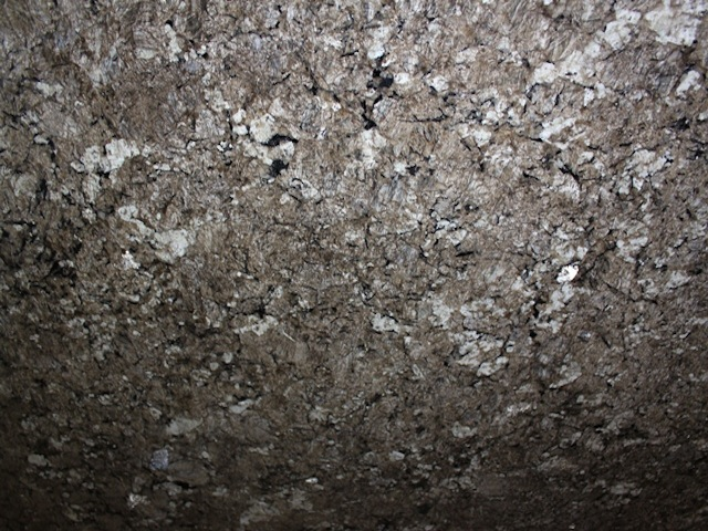 ALLIGATOR GRANITE SLAB 30MM