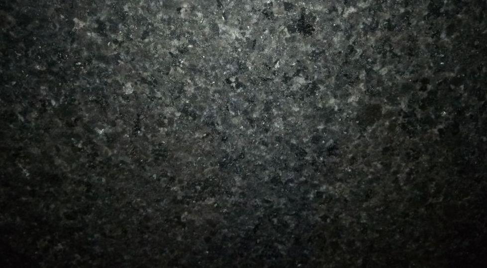 BLACK BEAUTY 3 CM